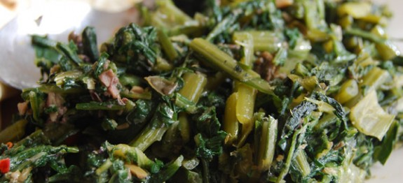 Stir-fry chicory with olive and anchovies