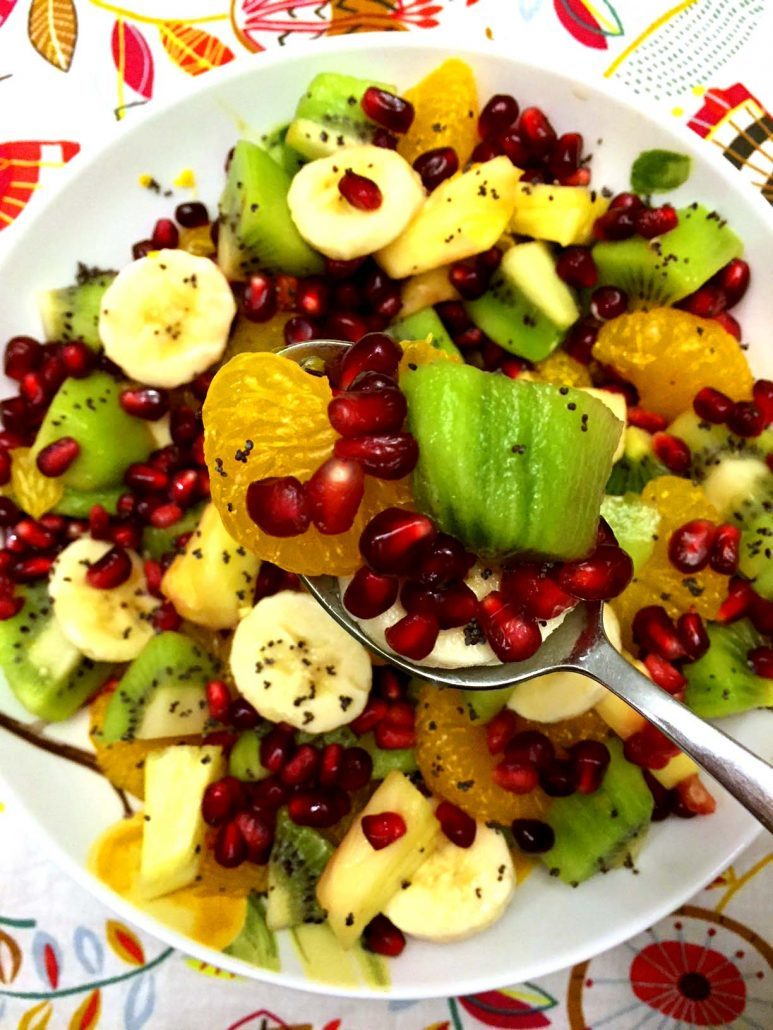 Pomegranate Winter Fruit Salad Recipe – Easy and Festive!