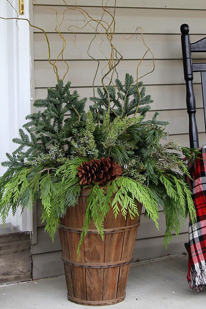 winter porch pot greenery deccoration idea diy tutorial