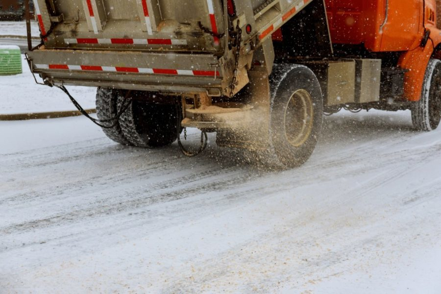 Salting roads magnesium chloride deicer Machine for the maintenance of highways and city streets