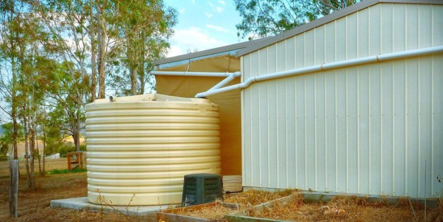 Natural rainwater capture system following the dry system concept.