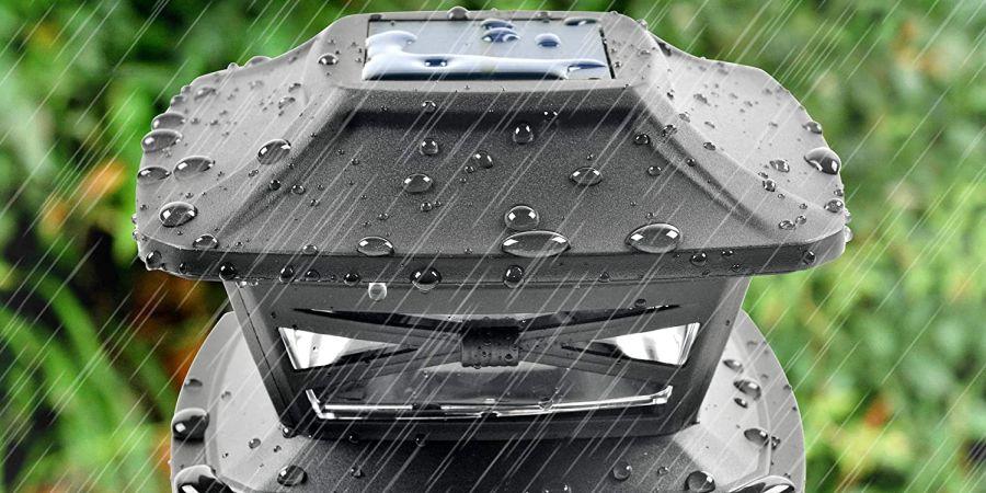 Davinci solar post light in rain.