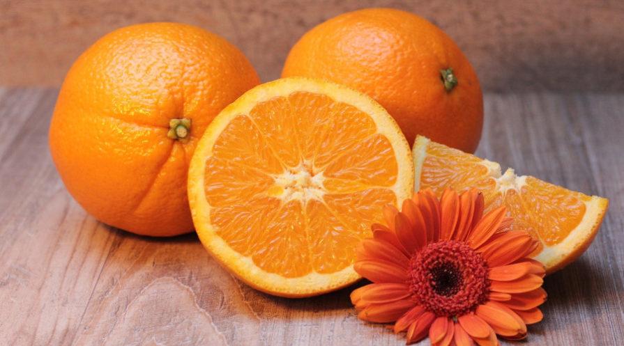oranges cut up