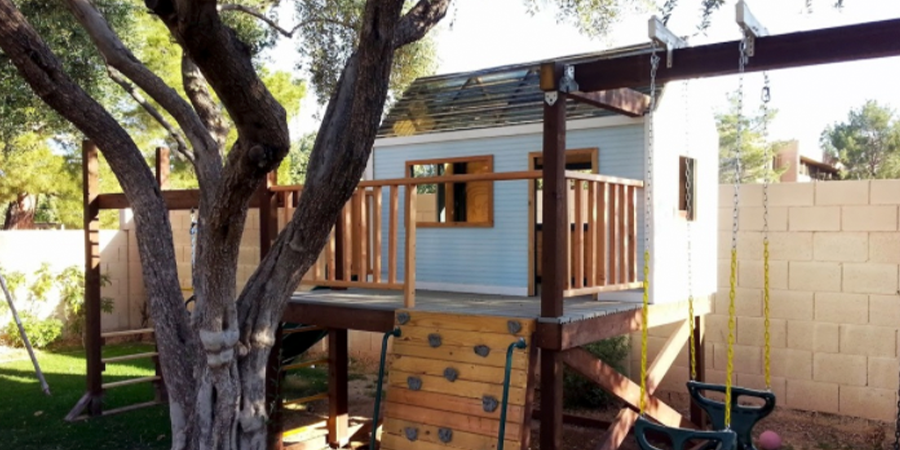 Swing Set With Clubhouse