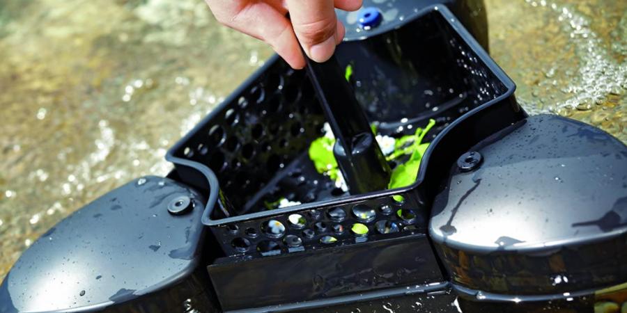 Skimmer installation in the pond