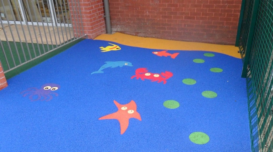 Wetpour graphics to school play area