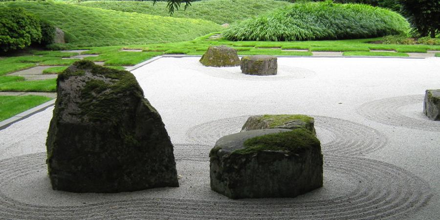 Large Traditional Zen Garden
