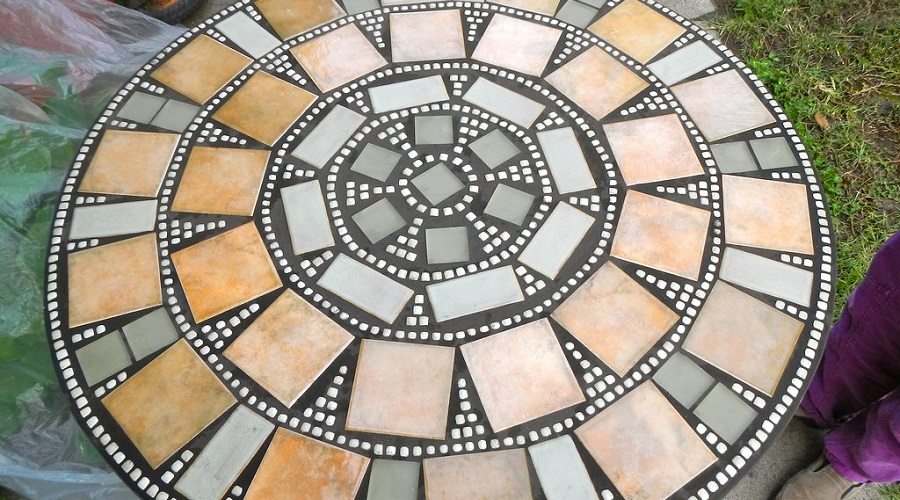 mosaic table for outdoor