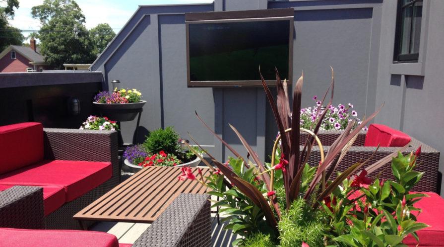 Outdoor TV room