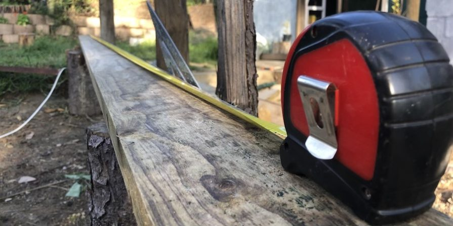 Measuring tape measuring joist