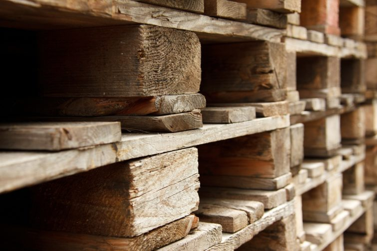 pallets stack on each other