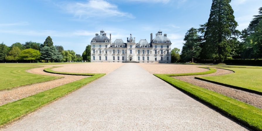 Long driveway to mansion