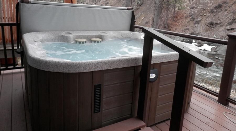 Convenient Railing – hot tub steps