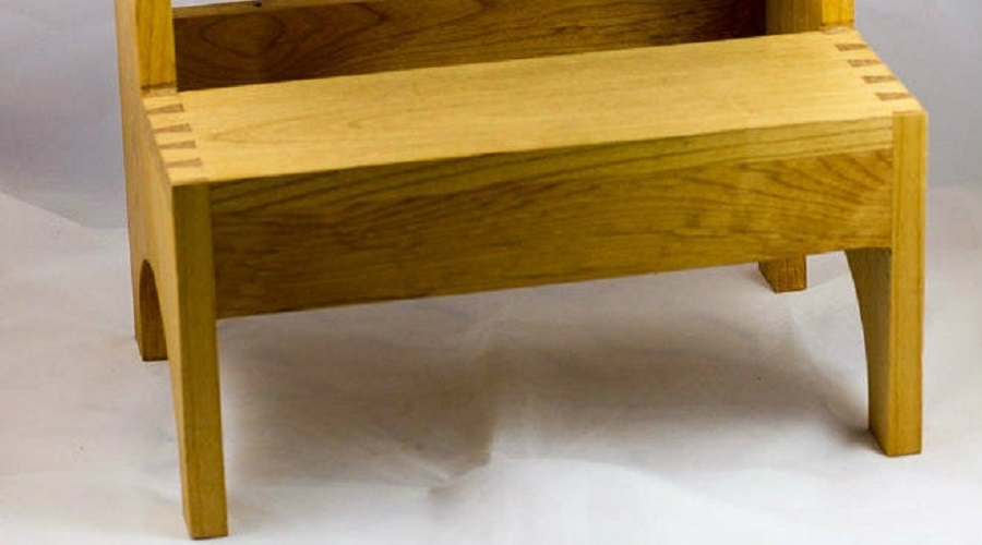 Dovetail Details – hot tub steps