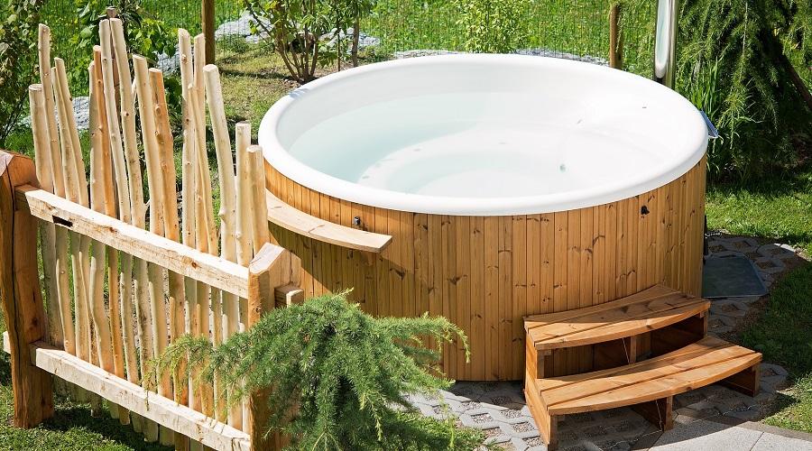 Custom-Fit Spa Steps – hot tub steps