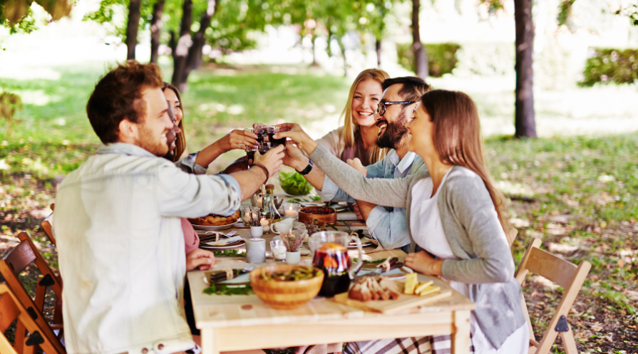 outdoor dinner pary