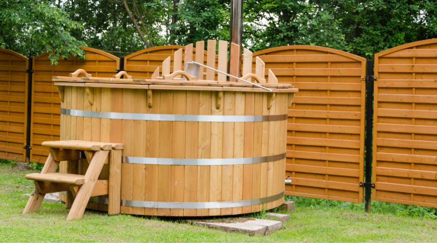 Wood hot tub with wood steps